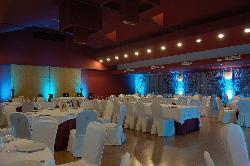 Montaje banquete para eventos de empresa y corporativos en Antigua fábrica de cerámica Cervantes