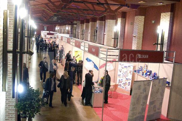 Ferias y eventos grandes para empresa en la Antigua fábrica de cerámica Cervantes