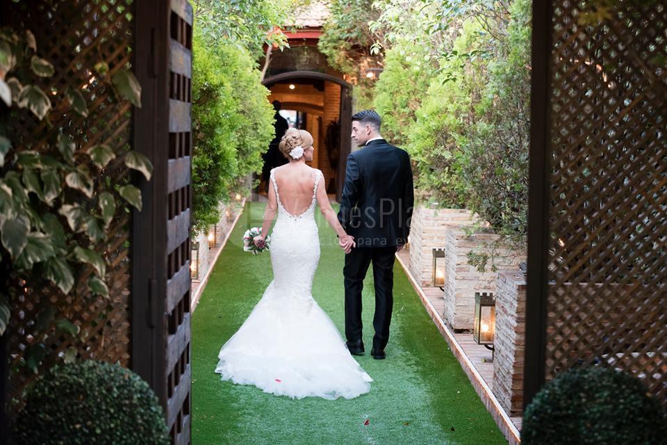 Celebra la boda de tus sueños en Antigua fábrica de cerámica Cervantes