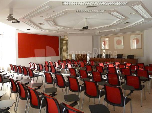 Sala de Actos Pierre Paris para eventos de empresa en Casa deVelázquez