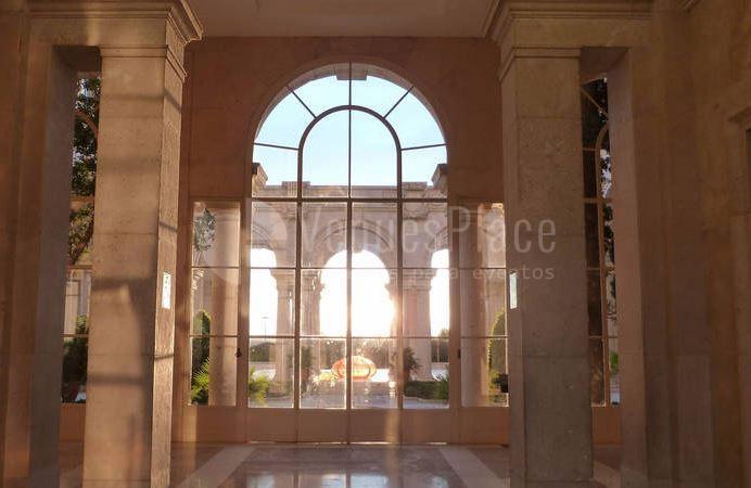 Luz natural para tus eventos de empresa en Casa de Velázquez