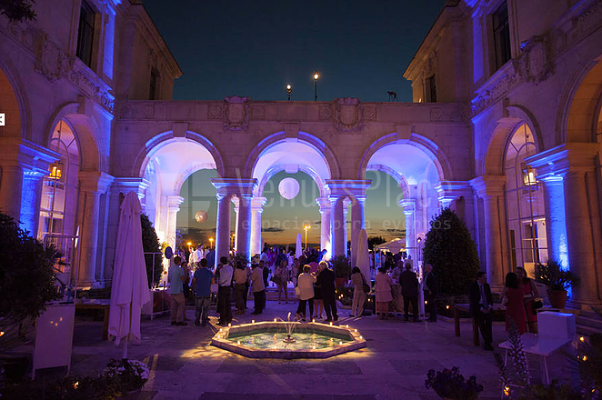 Montaje para eventos en el Patio de Casa de Velázquez