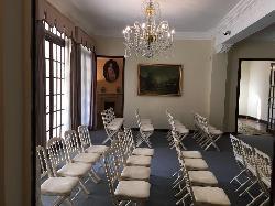 Montaje conferencia en Casa Sotohermoso