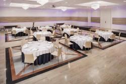75MeliaSevilla-Meetings_Santa_Cruz_Banquet_Set_Up.jpg