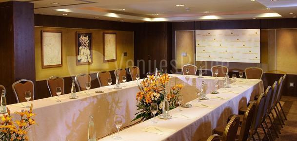 Montaje en U eventos de empresa en Hotel Gran Meliá Don Pepe*****