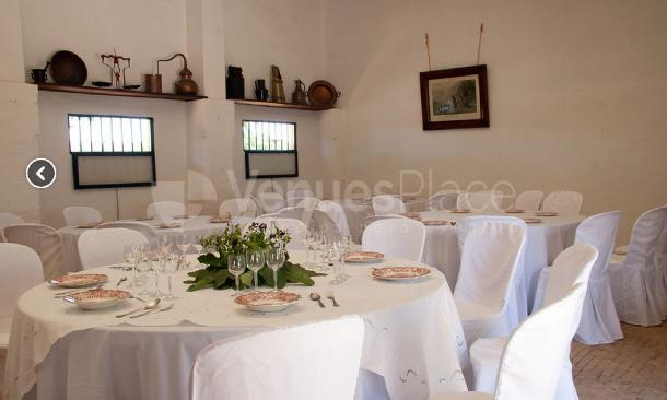 Banquete sala interior en Cerros Bravo Apartamentos