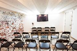 Sala de conferencias y oficinas en BELLUCCI STUDIOS