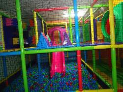 Interior 3 en Ari Centro de Ocio Infantil