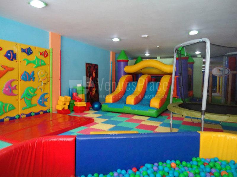 Interior 1 en Ari Centro de Ocio Infantil