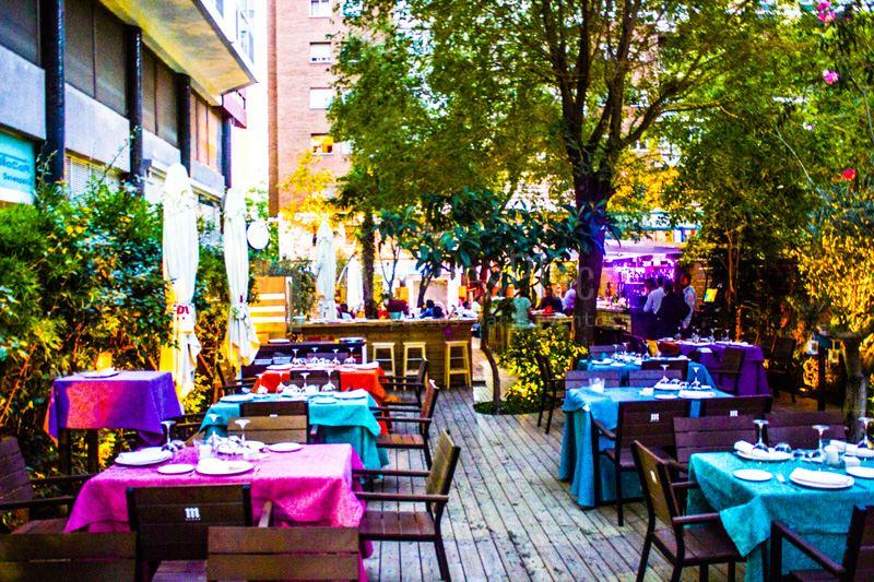 Disfruta de su terraza - Doña Tecla