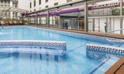 Exterior piscina Hotel Ilunion Málaga