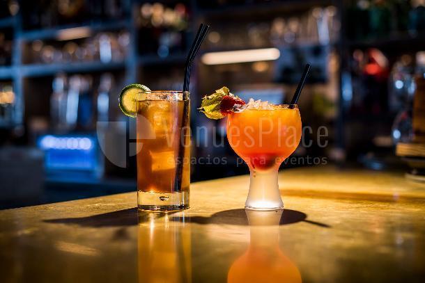 Los mejores cocktails para tus eventos en La Butiq - Grupo La Máquina