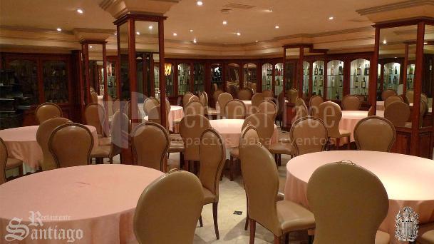 Eventos familiares y eventos de empresa en los salones del Restaurante Santiago