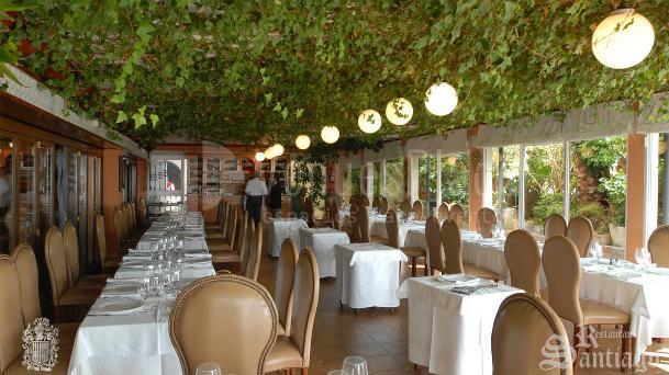 Eventos de empresa y faliliares en el Restaurante Santiago