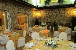 patio interior y salón