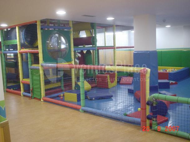 El Alboroto Parque Infantil