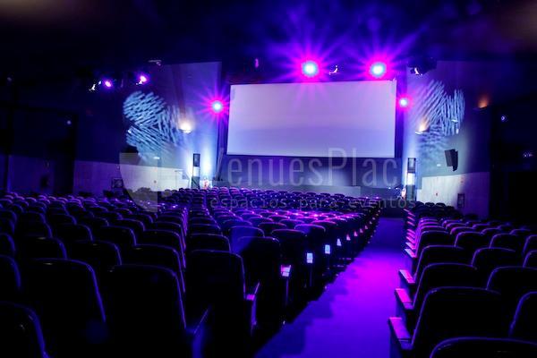 Reuniones, homenajes, conferencias en Cine de la Prensa de Madrid
