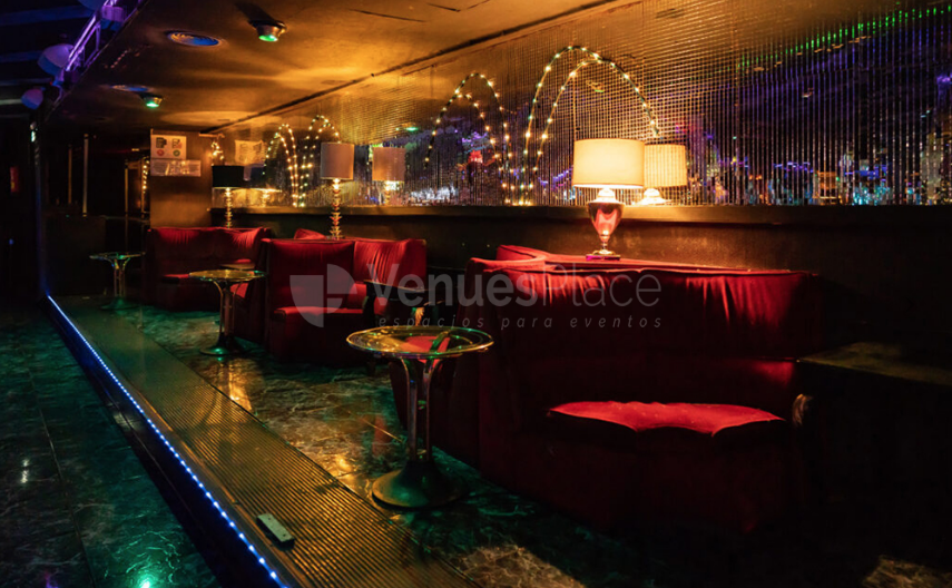 Interior 2 en Piccadilly Downtown Club