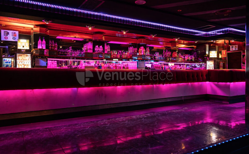 Interior 3 en Piccadilly Downtown Club