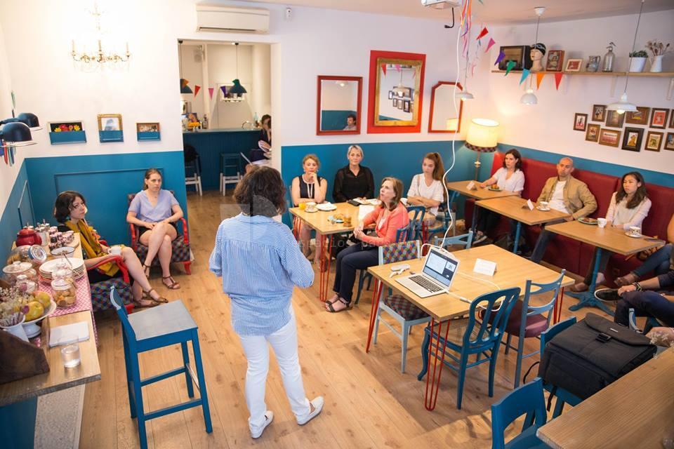 Reuniones, presentaciones y otros eventos de empresa en La Piscine Café