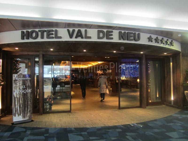 Exterior Hotel Santos Val de Neu