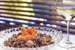 Cocina mediterranea, Arroz negro El Pelícano