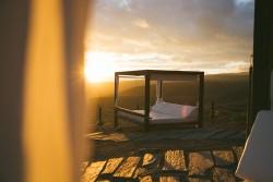 Salobre Hotel Resort & Serenity - Balinese bed