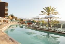 Salobre Hotel Resort & Serenity - 7th Floor Pool