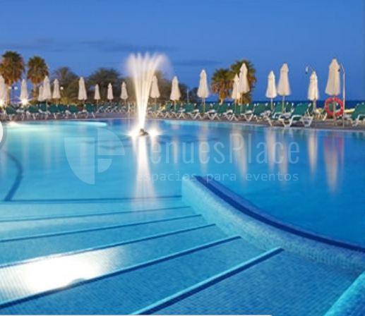 Celebra tu evento en la piscina de Hotel MS Amaragua