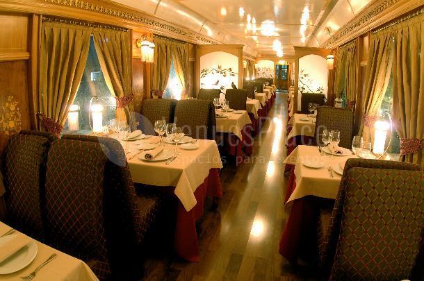Haz una experiencia unica de tu evento en el Restaurante Al Andalus Expreso