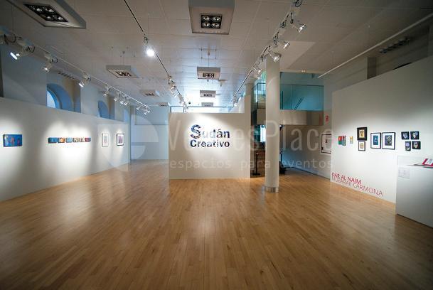 Espacios expositivos panelables de Casa Árabe