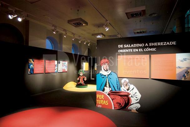 Montaje exposición del cómic en Casa Árabe