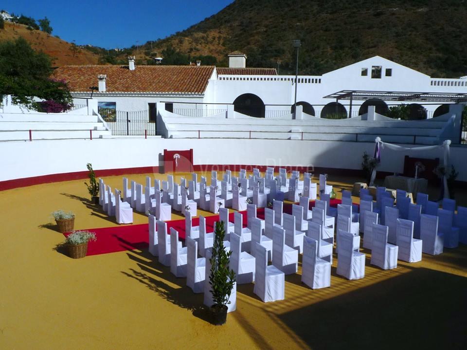 Montaje boda al aire libre en Hacienda La Biznaga