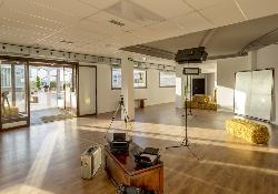 Montaje 6  shootings, rodajes y grabaciones en Attic Studio