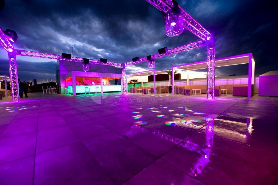 Espectacular terraza para eventos sociales y corporativos en Hotel & Spa Ciudad de Binéfar