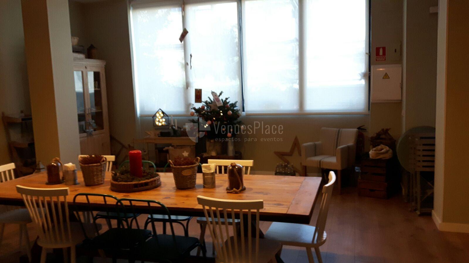 Comidas y cenas en Armiñan Lounge