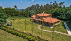 Villa Camelias 1-min.jpg