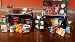 Cesta Bienvenida desayuno y cena fría  (por habitación)