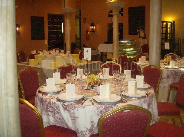 Montaje en banquete eventos corporativos y familiares Restaurante Pando Cuna