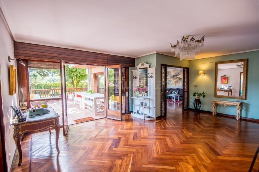 Interior 1 en Azkorri Beach House