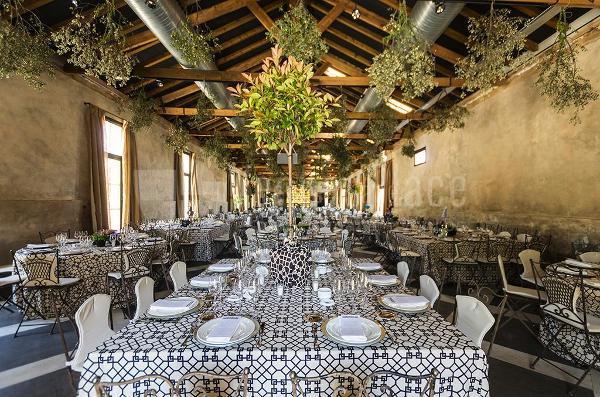 Nuevas fincas para celebrar bodas en madrid venuesplace - Finca las tenadas ...