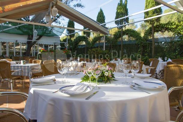 Preciosos espacios exteriores en Restaurante el Torreón del Pardo