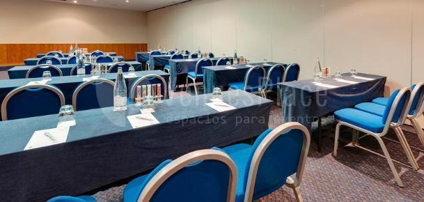 Montaje en escuela eventos para empresas en el Hotel TRYP Indalo Almería
