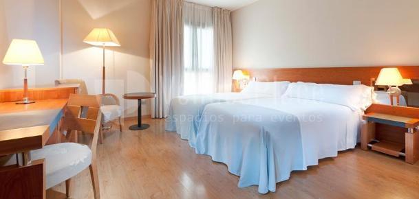 Habitaciones modernas y cuidadas en el Hotel TRYP Indalo Almería