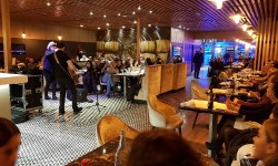 Evento 7 en Adrian's Restaurant