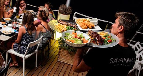 CENA EN Savannah Ibiza Sunset Fiestas y Cenas