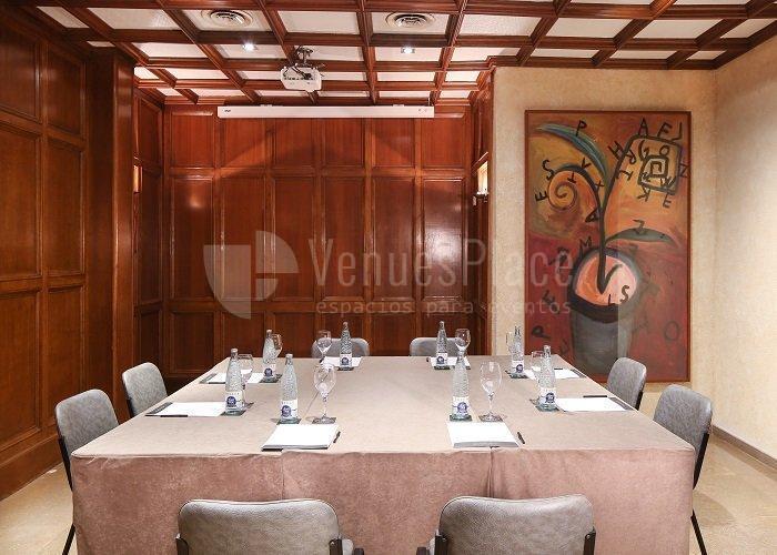 Juntas de accionistas y reuniones corporativas en Hotel Derby 4*