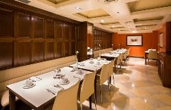 Coffee breaks y almuerzos de empresa en Hotel Derby 4*
