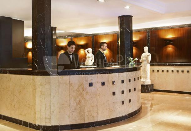Hotel de lujo en Hotel Derby 4*