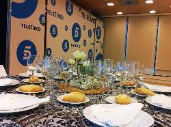 Comidas y cenas de empresa AGA Catering de Gourmet